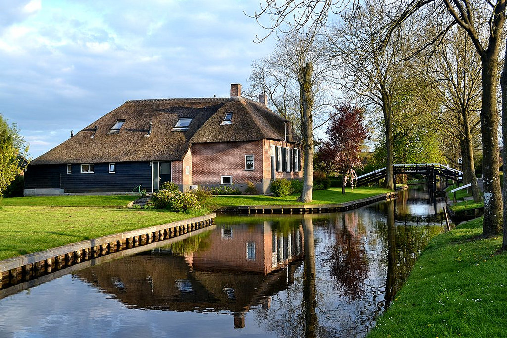 holland_netherlands_dutch_private_guide_farm_house