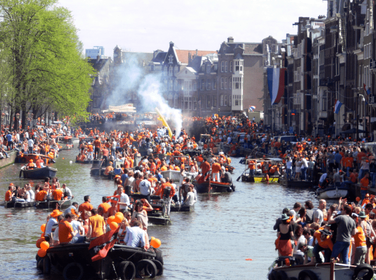 kingsday_private_guide_amsterdam