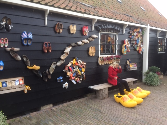 zaanse_schans_clogs_factory