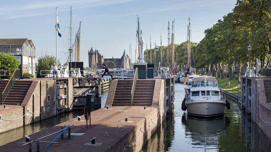 amsterdam_castle_panorama
